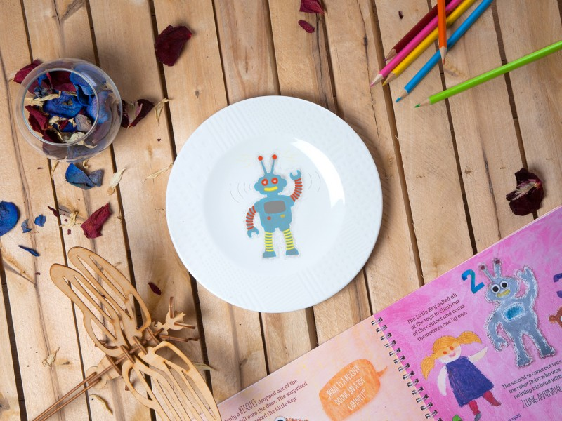 "Porcelain plate - ""Robot ROBO"" Ø21 with pattern side"