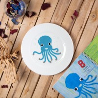 "Porcelain plate - ""Octopus"" Ø24 with radial side"